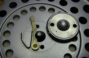 Metal latch costruction